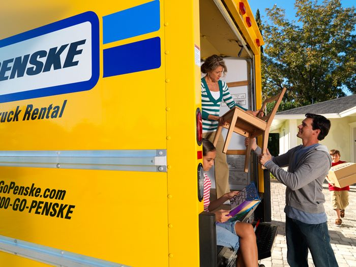 Bell Avenue Self Storage Provides Al Services For Penske Moving Trucks If You Need A Vehicle To Help Move Your Belongings Contact Us Today Set